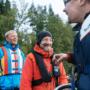 Yhdistystoimintaa pelastusliivit yllä